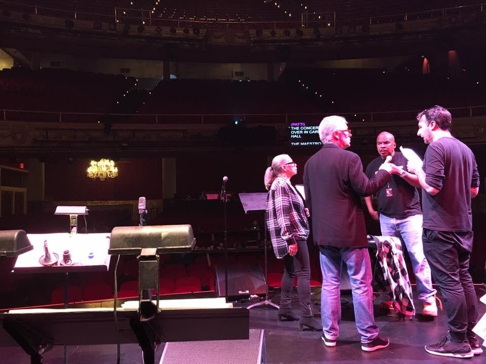 Scotty Barnhart At Apollo Theater.